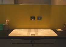 Emailliertes Waschbecken von Alape in Waschtischplatte aus Räuchereiche