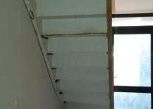 Treppenrenovierung von der Unterseite